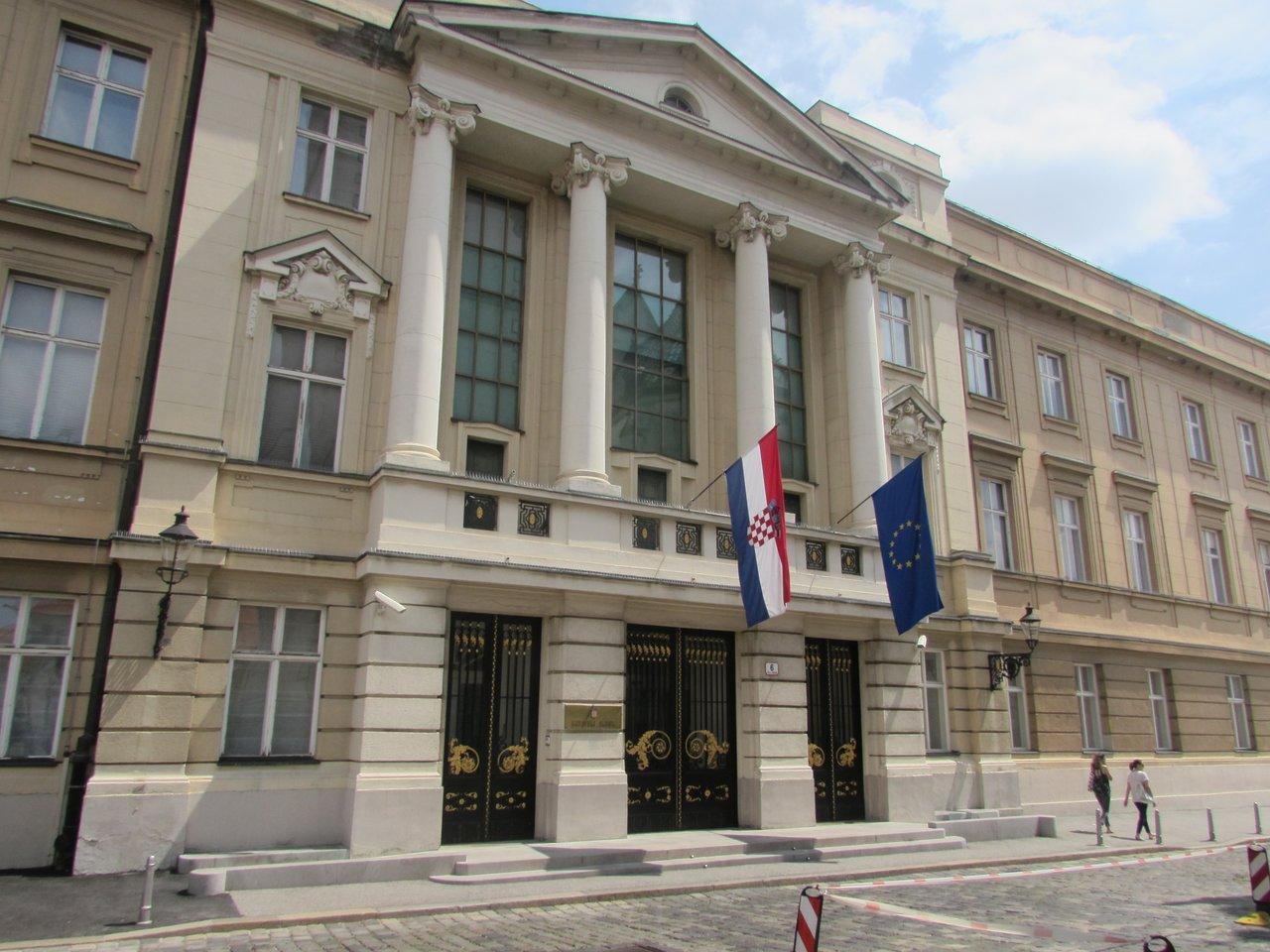 A horvát parlament feloszlatta magát
